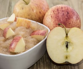 Choose healthy foods like applesauce for breakfast in this meal plan.