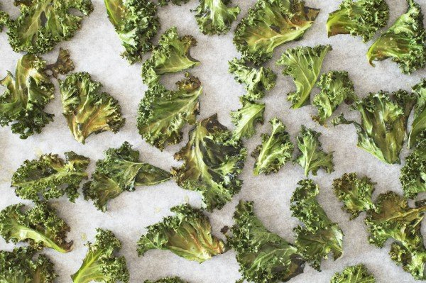 "Healthy Pritikin Kale ""Potato"" Chips"