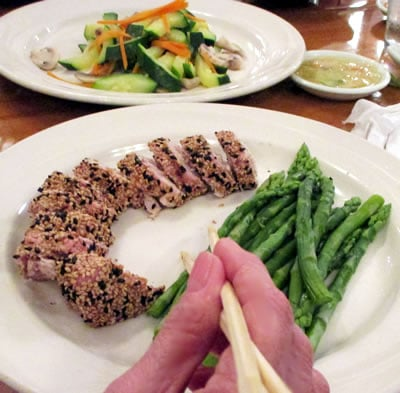 Dine on Seared Tuna With Asparagus for healthy weight loss.