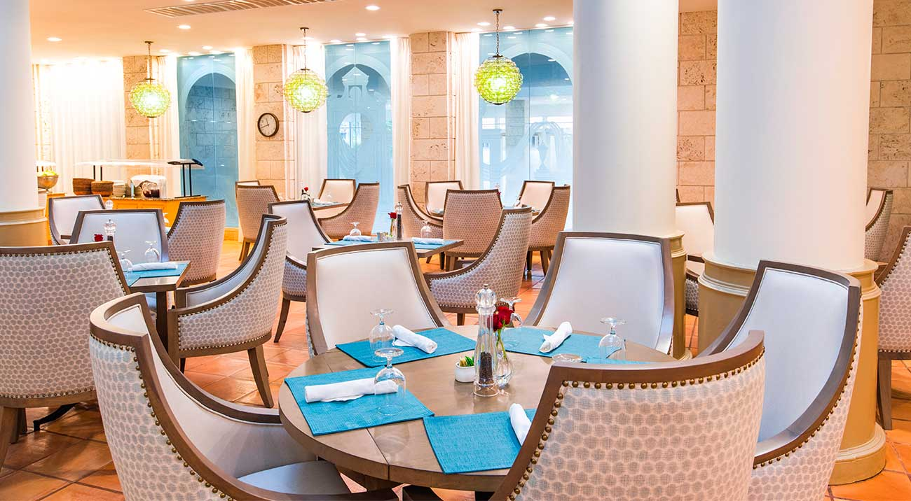 Dining at the Pritikin Center in Doral, Florida