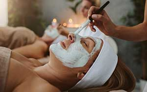 Mother-Daughter Spa Treatment