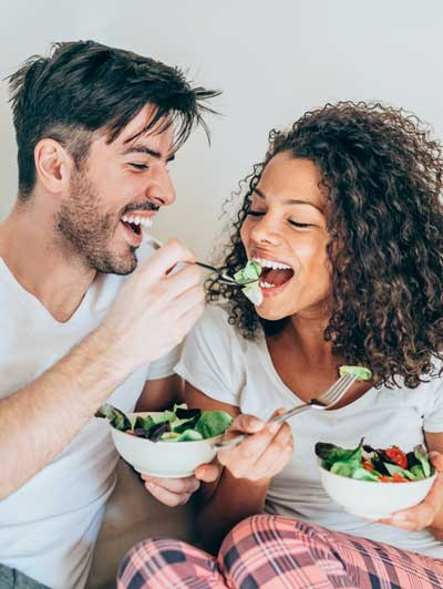 Men and Women Benefit from a Healthy Diet